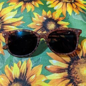 -3.5 prescription sunglasses barely used-new